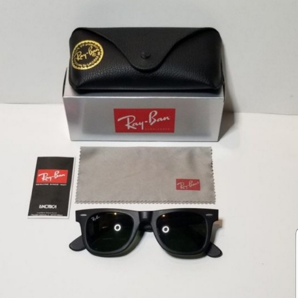 246b10d870c72 Ray-ban wayfarer NEW black With G-15 lenses